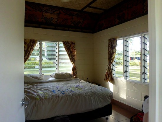 Ha'atafu Beach Resort: Standard Fale with no en suite