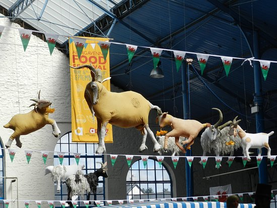 Abergavenny, UK: Goats hang from the roof