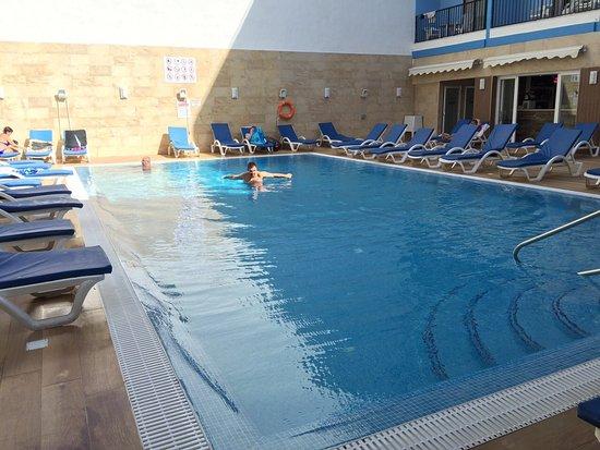 Euroclub Hotel : image-0-02-05-a3bf2ddc4131118af5bd5a93597b716edc4f0cef3af11676f5103ac9eb2e67bf-V_large.jpg