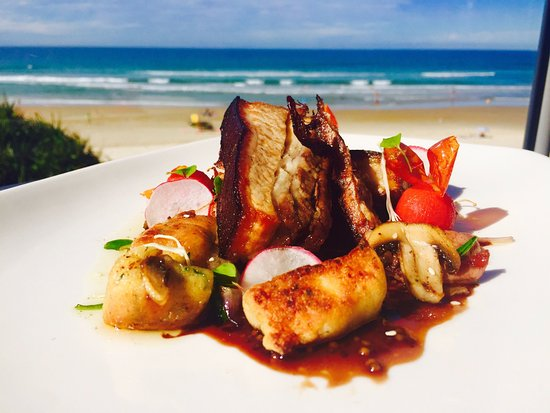 Coolum Beach, ออสเตรเลีย: Chefs special pork belly