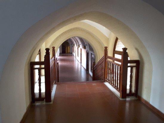 Pedoulas, Chipre: Кельи монахов
