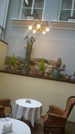 Ratonda Centrum Hotels Photo