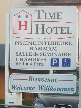 Contrexeville, Francia: PANNEAU EXTERIEUR