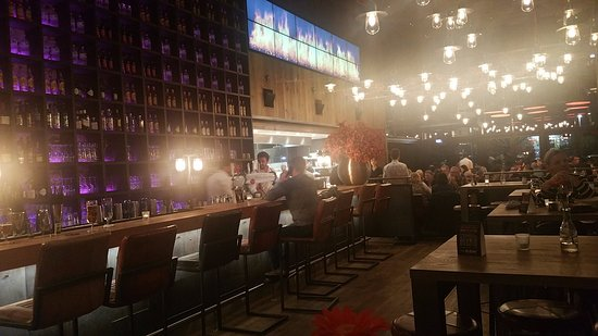Troisdorf, Jerman: Gastraum, Küche und Bar