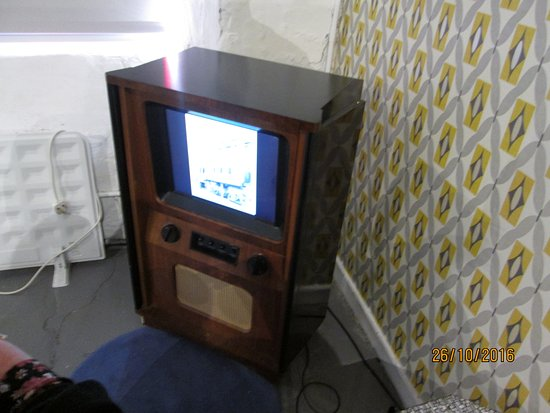 Leeds Industrial Museum at Armley Mills : Watch a bit of TV
