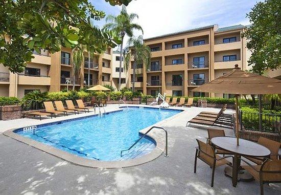 Doral, FL: Outdoor Pool
