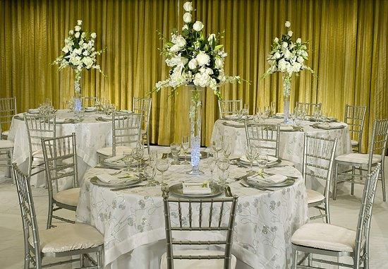 Tysons Corner, VA: Fairfax Ballroom – Wedding Reception