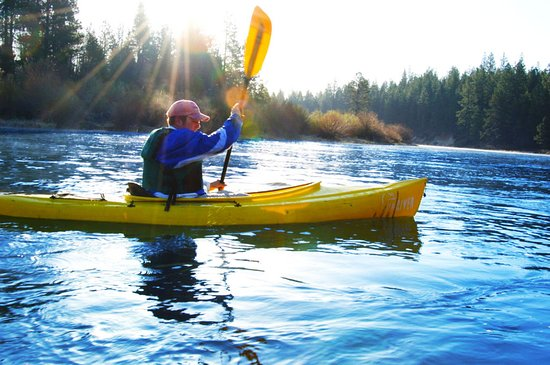 Sunriver, OR: Kayaker