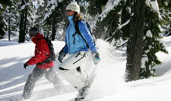 Sunriver, OR: Snowshoeing