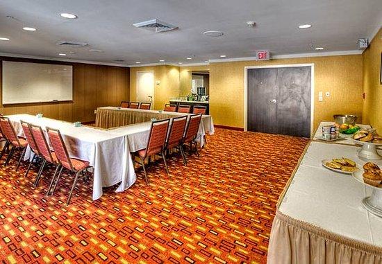Burlington, NC: Alamance Meeting Room – U-Shape Setup