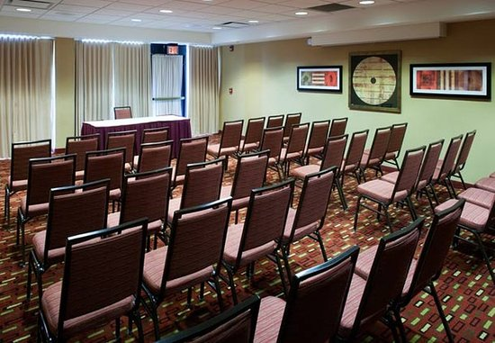 Somerset, NJ: Meeting Room