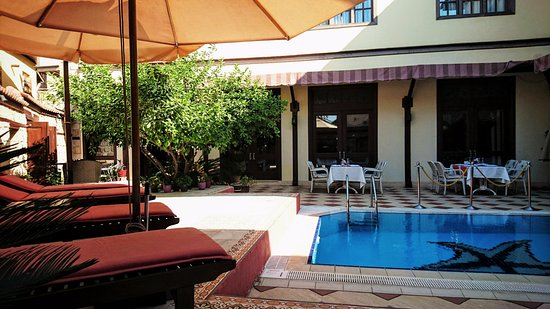 Eski Masal Hotel: Pool Area