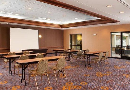 Gastonia, Carolina del Norte: Meeting Space - Classroom Setup