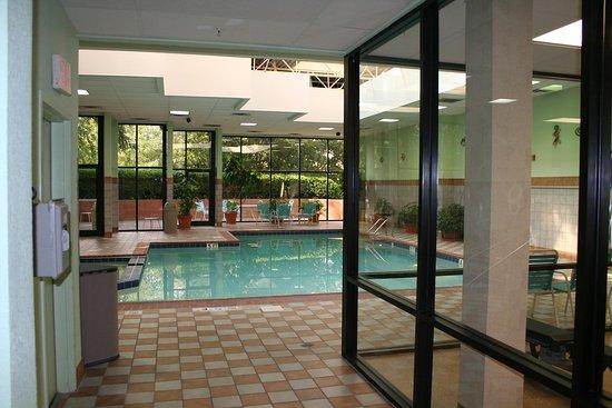 Dunwoody, Georgien: Heated Indoor Pool