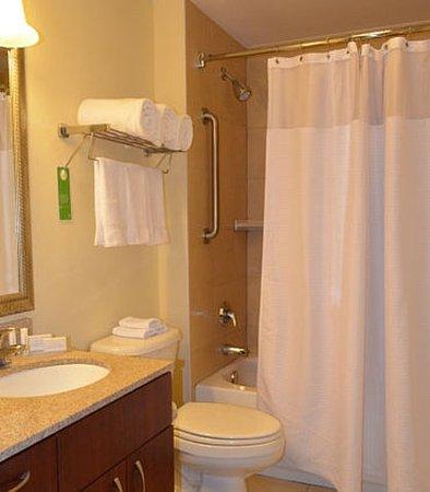 Lady Lake, Floryda: Suite Bathroom