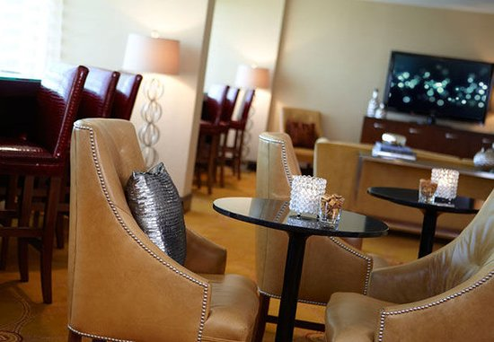 Berkeley, Миссури: Club Lounge