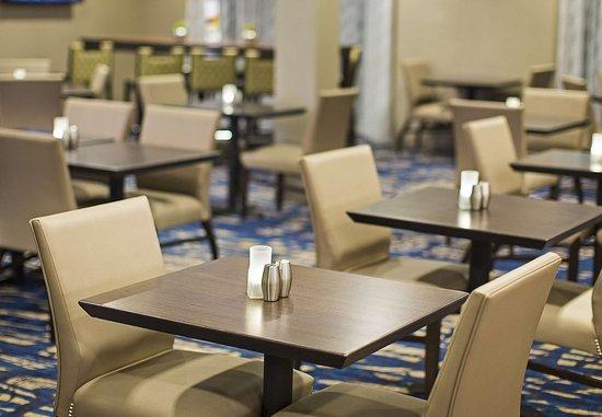 Lynnwood, WA: Bistro – Dining Area
