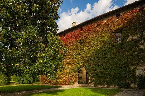 Capannori, อิตาลี: Facciata della Villa del Vescovo all'interno del Parco della Villa Reale