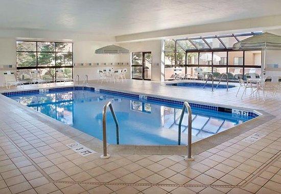 Newark, DE: Indoor Pool