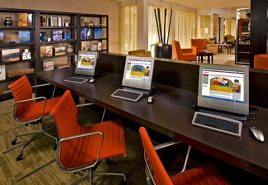 สปริงฟิลด์, เวอร์จิเนีย: Business Library