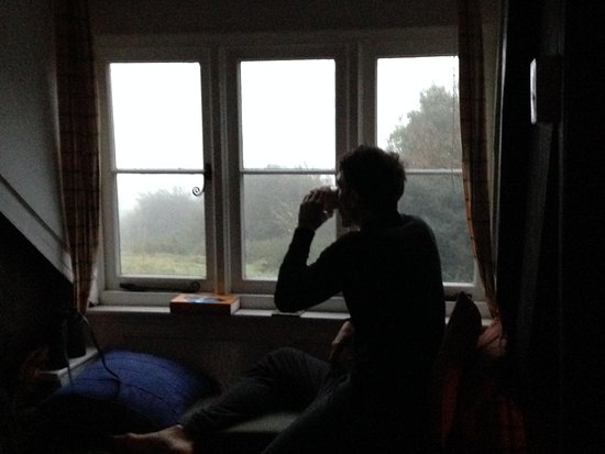 Easdon Cottage: Watching a barn owl from the window seat.