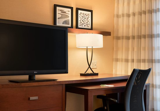 Peoria, إلينوي: Suite - Work Desk