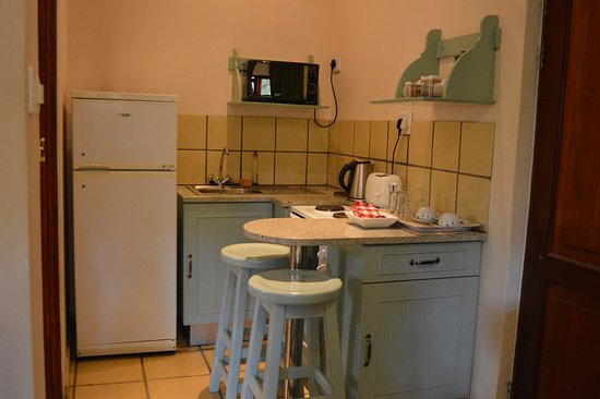 Green Gables: Kithenette in Self-catering rooms