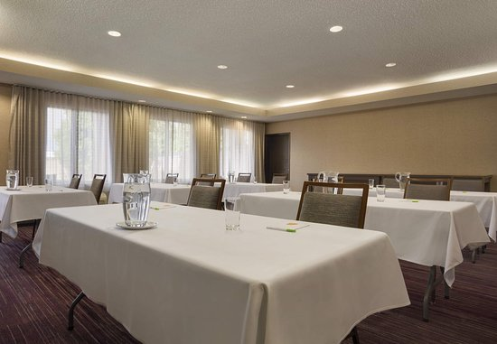 Champaign, IL: Meeting Room