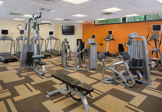 Montvale, NJ: Fitness Center