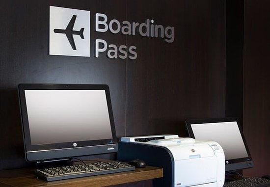 Folsom, Californië: Boarding Pass Print Station