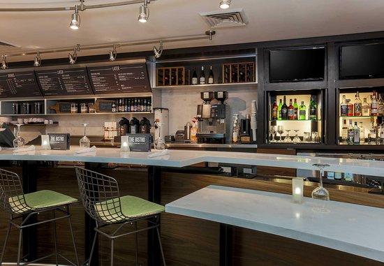 Woodbridge, VA: Bistro Bar