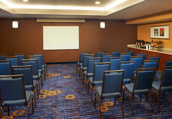 นอร์ทโอล์มสเต็ด, โอไฮโอ: Meeting Room-Theater Style Setup