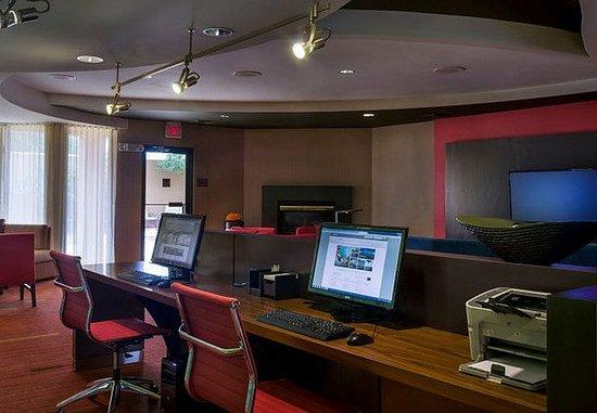 Westborough, MA: Business Center