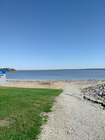 Scenic View of Carlyle Lake, IL