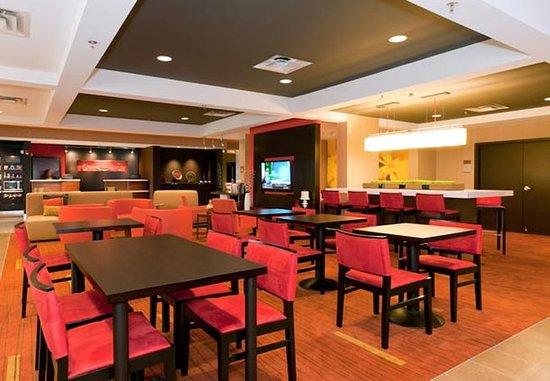 Huntersville, Carolina del Nord: The Bistro Lounge