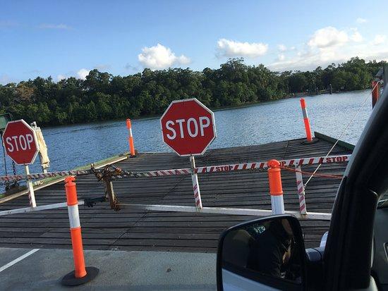 Cape Tribulation, Australia: On the car ferry