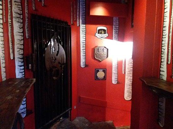 La porte noire brussels restaurant reviews phone for Porte noire brussels