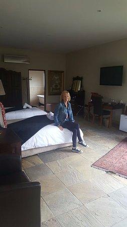 Afrique Boutique Hotel Ruimsig: Spacious room