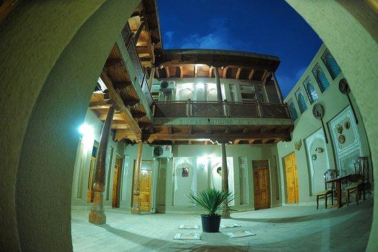 Hotel Ziyobaxsh