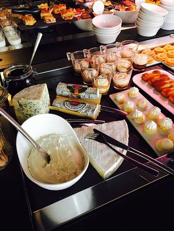 good cold buffet traveller reviews campanile tripadvisor rh tripadvisor ie