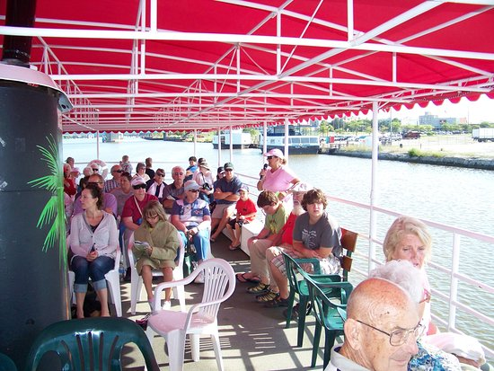 Bay City, MI: Narrated History Tour aboard the Islander