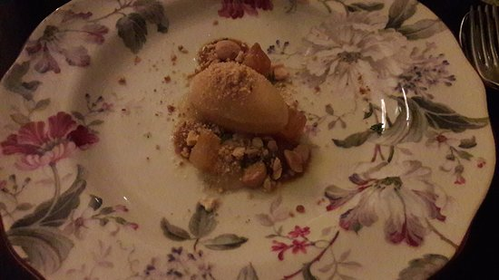 Mat & Destillat: Apple sherbet with toffee and almond cookie.