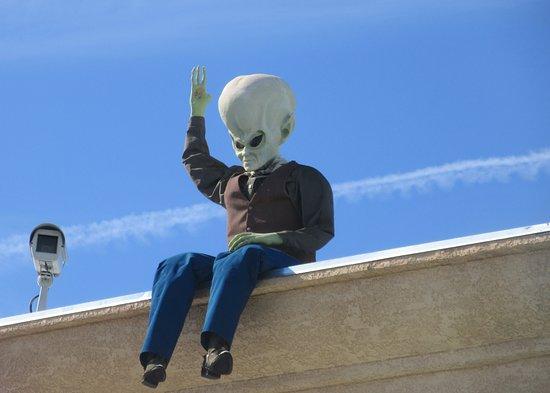 Roof Top Alien, Alien Fresh Jerky, Baker, CA