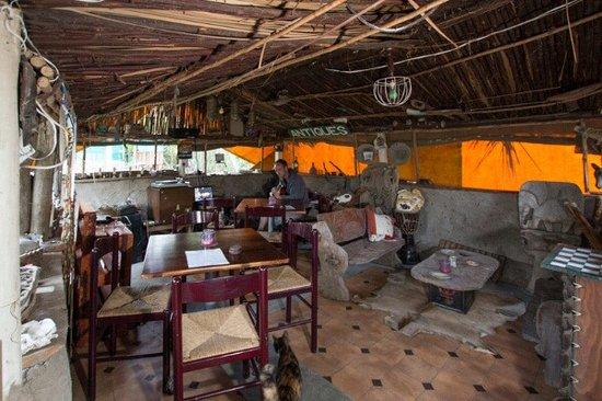 Wilderness, Sudáfrica: bush lapa set up the real traditional way
