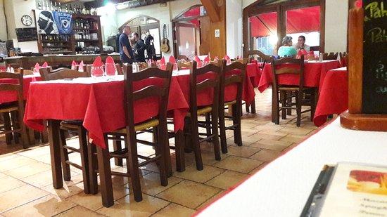 Pietranera, France: La salle