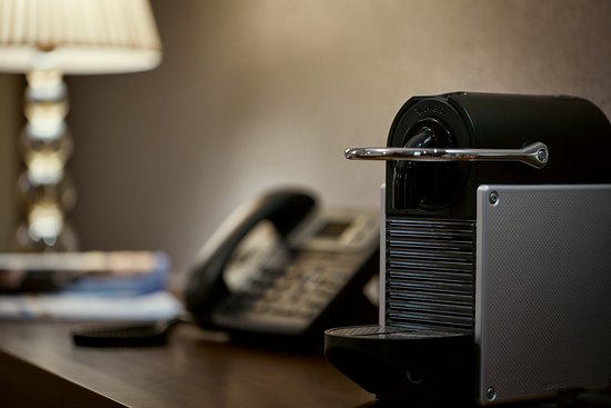 Cosmopolitan Hotel Prague: Coffee_Machine_Executive_King_COSMOPOLITAN_Hotel_Prague