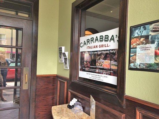 Carrabba's Italian Grill: Main entrance
