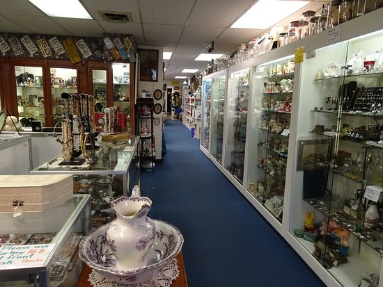 Rolling Hills Antique Mall