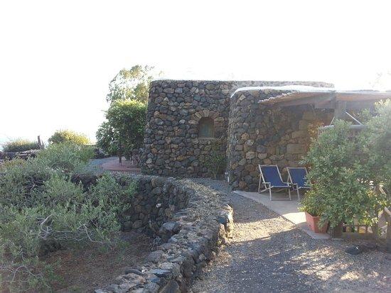 Scauri, Italia: IMG-20160731-WA0003_large.jpg
