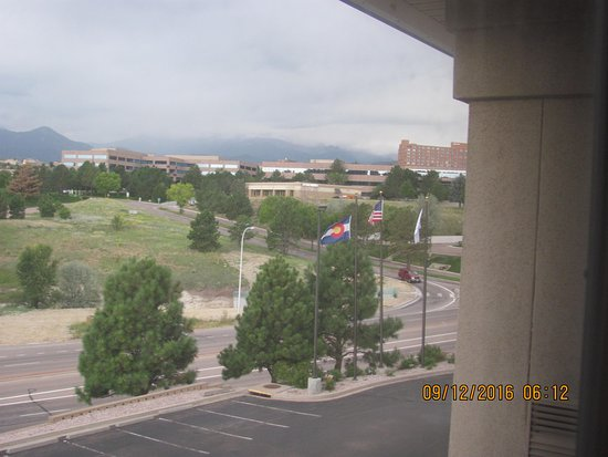 HYATT house Colorado Springs: Marriott High Rise On Right Next To Underpass, Good Looking Hotel